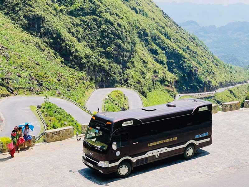 Xe limousine đi Hà Giang